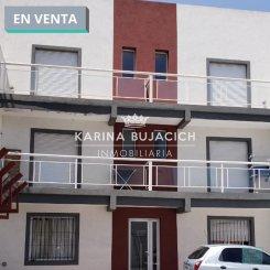 Departamentos/Dúplex en Venta en Tandil - Consta de living, cocina, habitación con placard, baño y balcón.